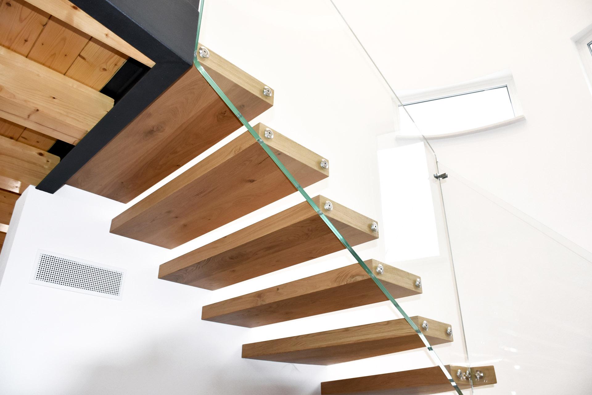 Complementi autoportanti vedovato pavimenti - Scale autoportanti in legno ...
